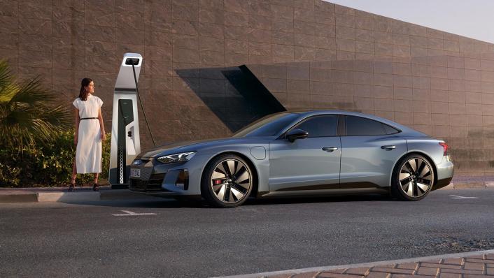 2021 Audi e-tron GT quattro Exterior 007