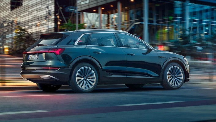 Audi E Tron 2020 Exterior 003