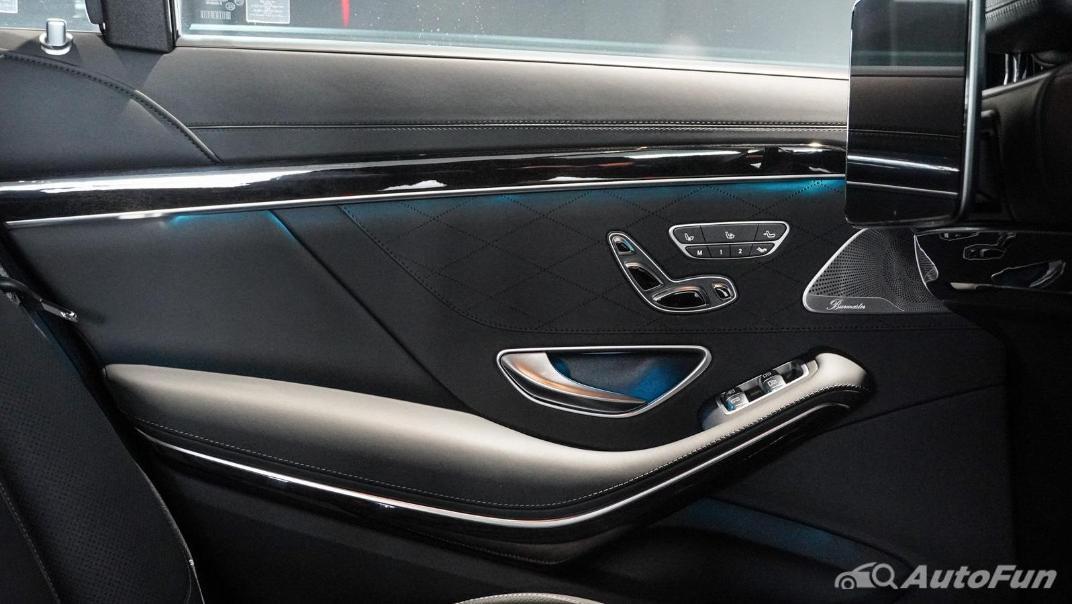 Mercedes-Benz S-Class S 560 e AMG Premium Interior 038
