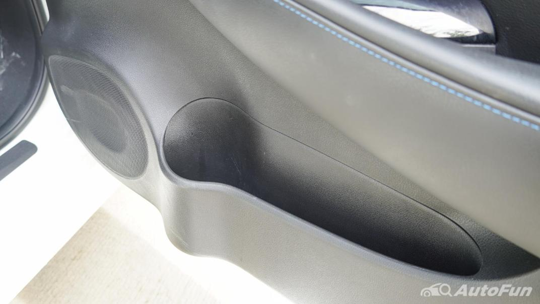 2020 Nissan Leaf Electric Interior 063