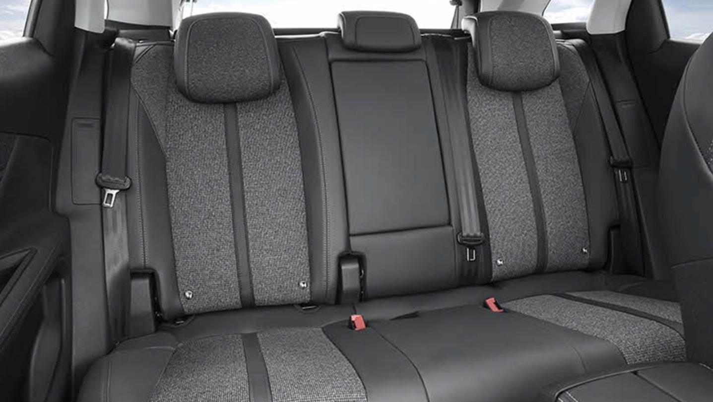 Peugeot 3008 2020 Interior 008