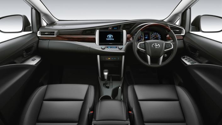 2021 Toyota Innova Crysta Public Interior 002