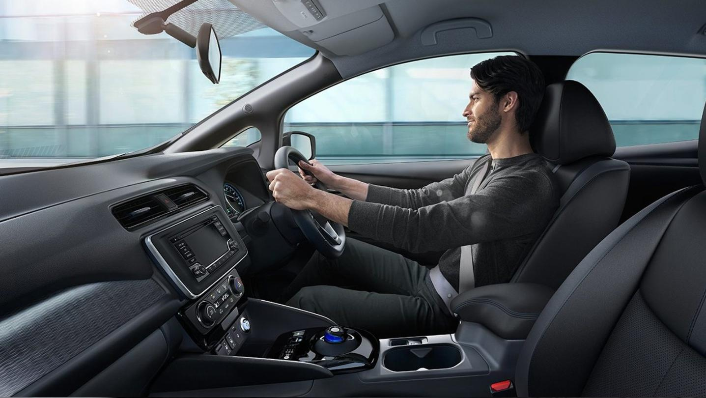 Nissan Leaf 2020 Interior 001