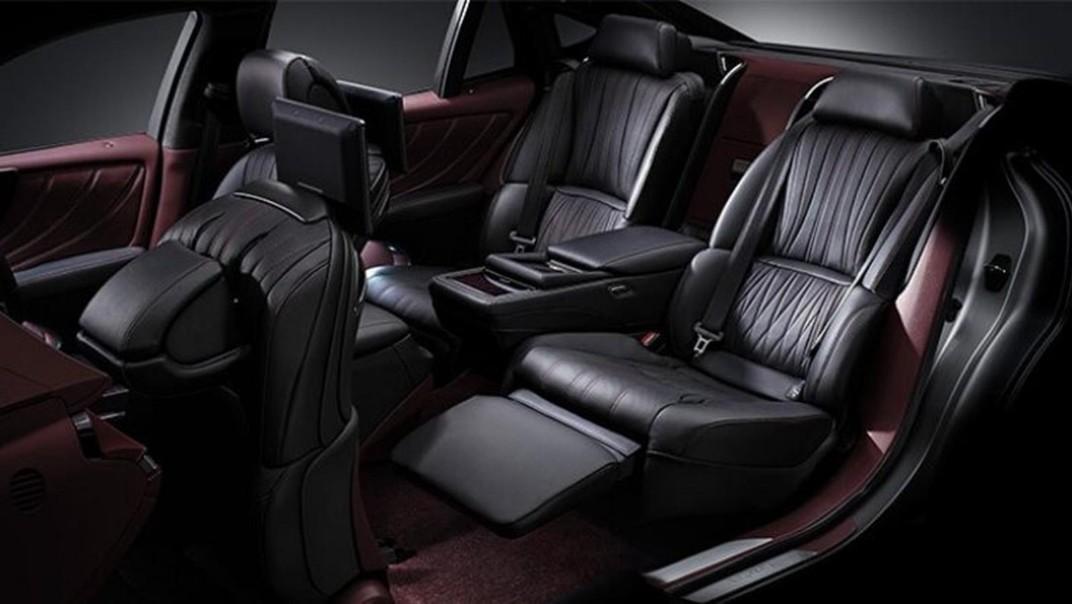 Lexus LS 2020 Interior 012