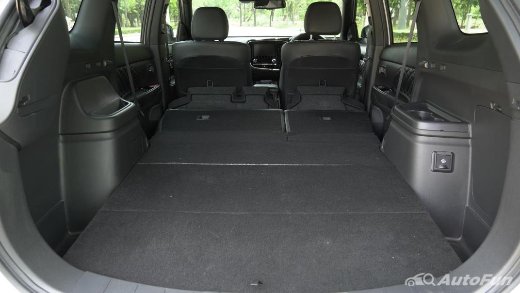 2021 Mitsubishi Outlander PHEV GT-Premium Interior 063