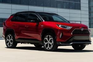 ลือกระหึ่ม Toyota ซุ่มหารือ Tesla พัฒนารถยนต์ไฟฟ้าร่วมกัน แบบนี้ใครจะสู้ได้?