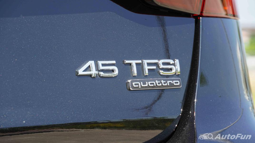 2020 Audi A4 Avant 2.0 45 TFSI Quattro S Line Black Edition Exterior 032