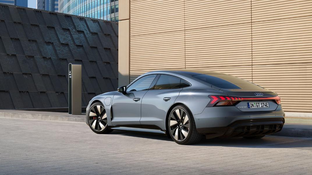 2021 Audi e-tron GT quattro Exterior 009