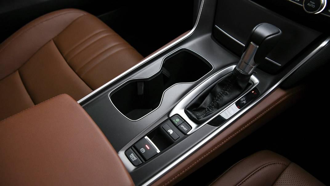 2021 Honda Accord 2.0L e:HEV EL+ Interior 039