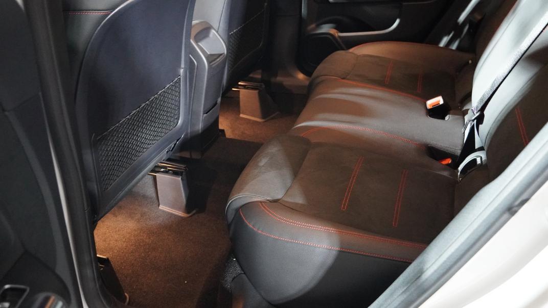 2021 Mercedes-Benz GLA-Class 200 AMG Dynamic Interior 027