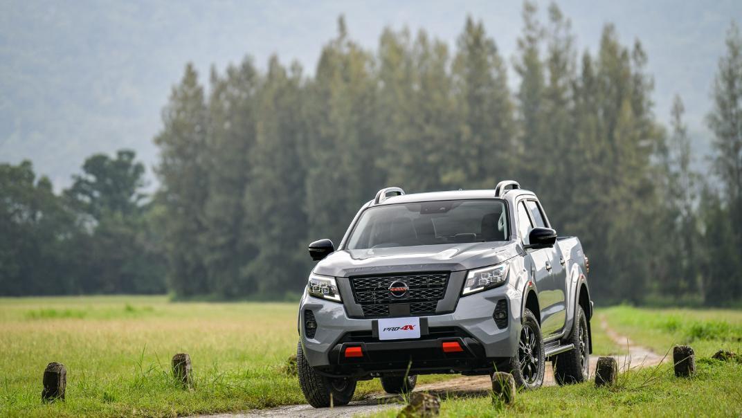 2021 Nissan Navara PRO-4X Exterior 063