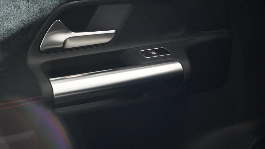 2021 Mercedes-Benz GLA-Class 200 AMG Dynamic Interior 018