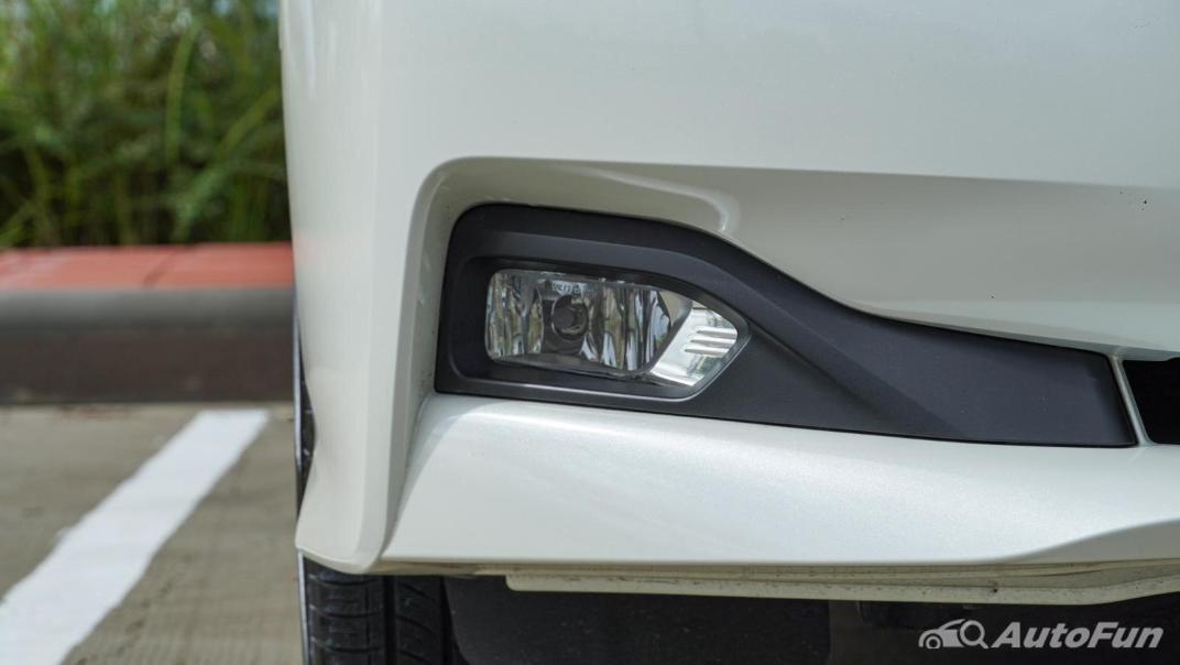 2020 Nissan Leaf Electric Exterior 015