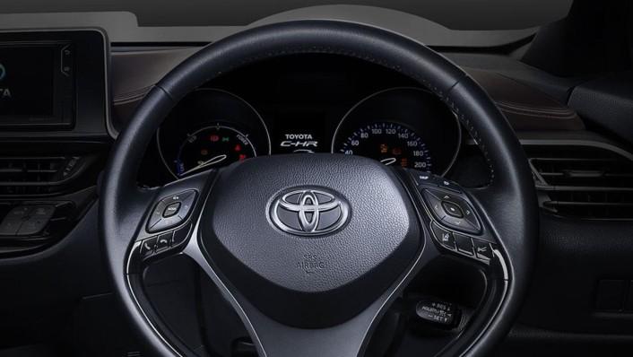 Toyota C-HR 2020 Interior 004