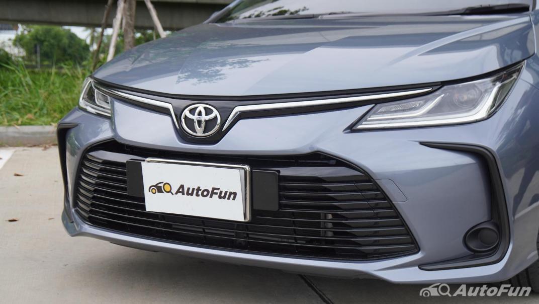 2021 Toyota Corolla Altis 1.8 Sport Exterior 011