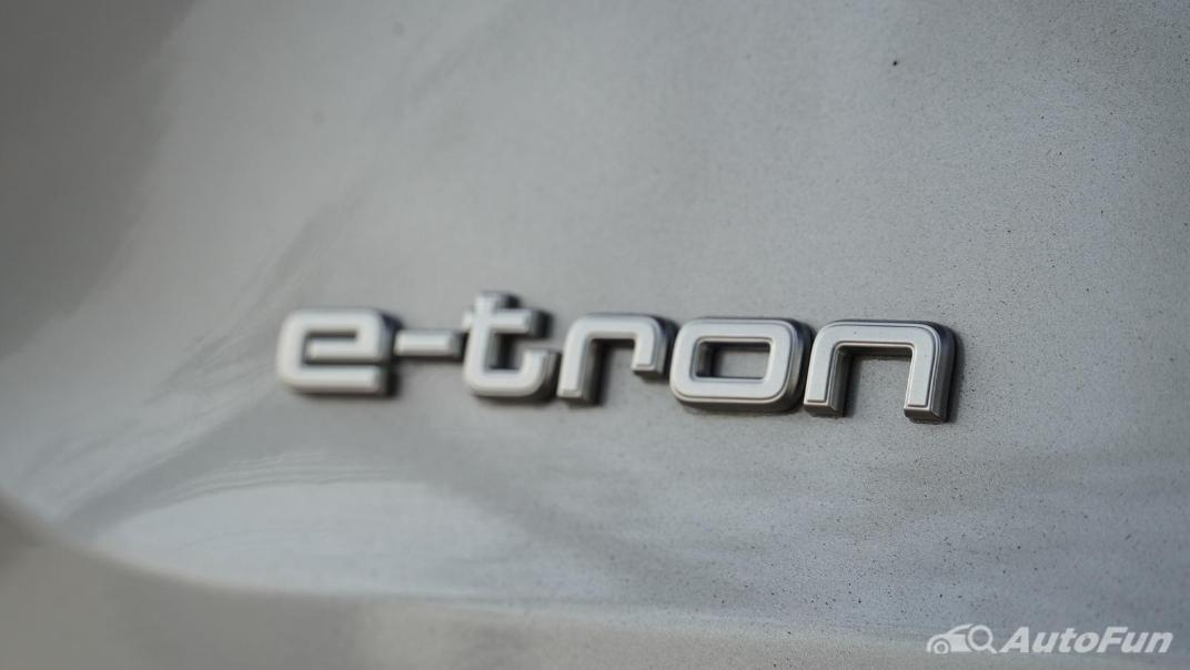 2020 Audi E Tron Sportback 55 quattro S line Exterior 030