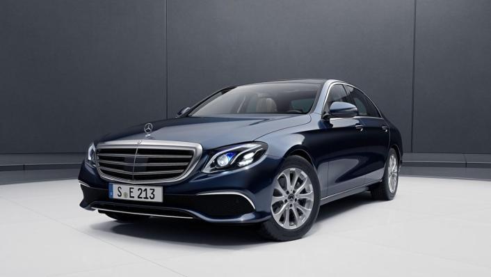 Mercedes-Benz E-Class Saloon 2020 Exterior 006