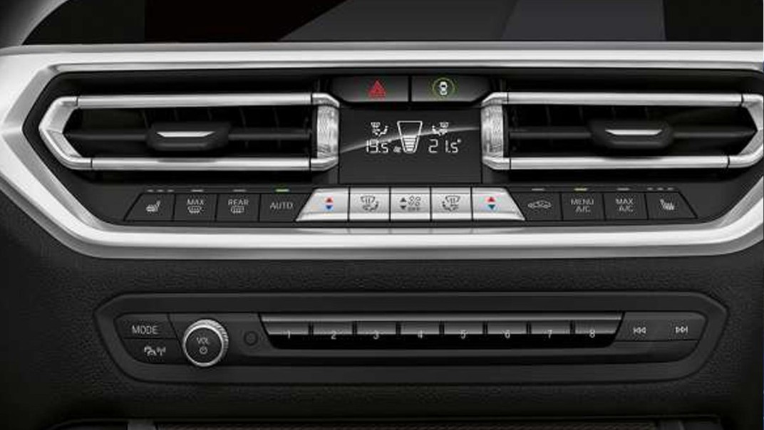 BMW 3-Series-Sedan 2020 Interior 007