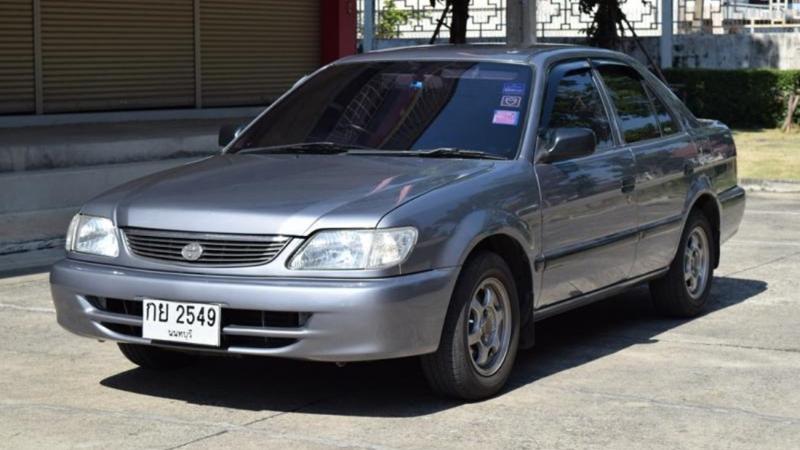 สงสัยกันไหมทำไม Toyota Soluna ถึงต้องเปลี่ยนมาเป็น Vios ทั้งที่ขายได้แค่โฉมเดียว? 02