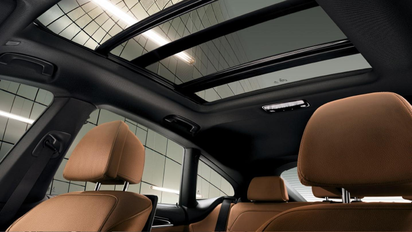 BMW 6-Series-Gran-Turismo 2020 Interior 007