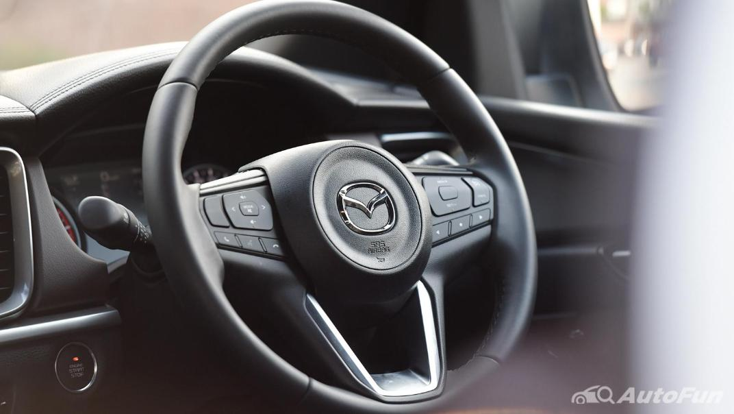 2021 Mazda BT-50 Pro Double Cab 1.9 SP Hi-Racer 6AT Interior 004
