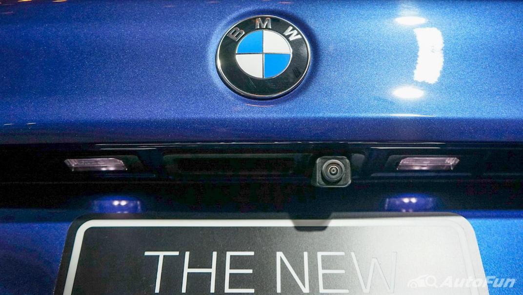 2021 BMW 5 Series Sedan 520d M Sport Exterior 014