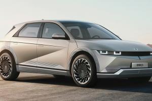 2022 Ioniq 5 รถไฟฟ้า Hyundai ทรงเรโทรจากอนาคต