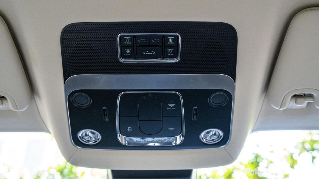 2020 Bentley Flying Spur 6.0L W12 Interior 054