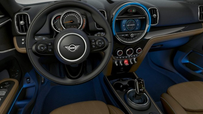 Mini Countryman 2020 Interior 001