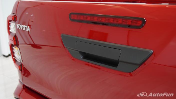 2021 Toyota Hilux Revo Double Cab 4x2 2.8 GR Sport AT Exterior 008