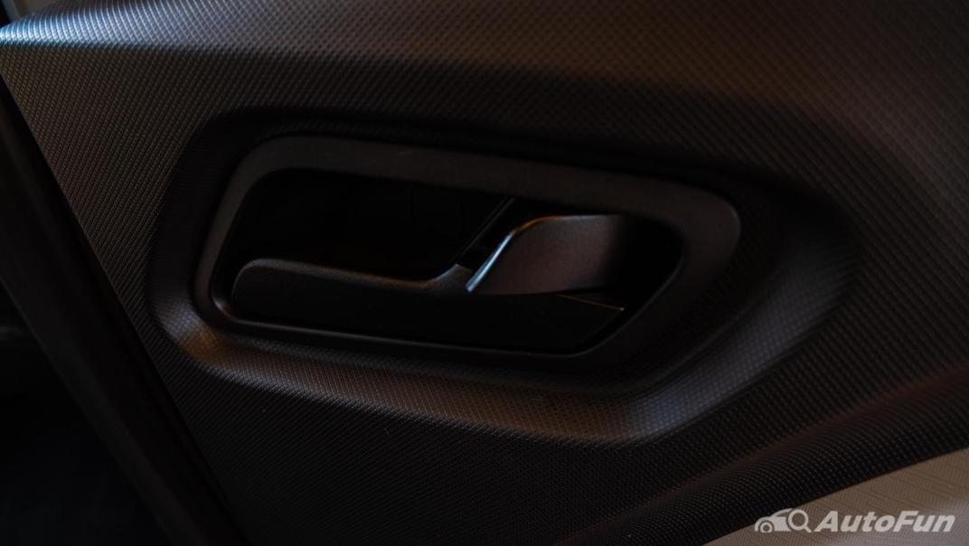 2020 Wuling Mini EV Interior 019