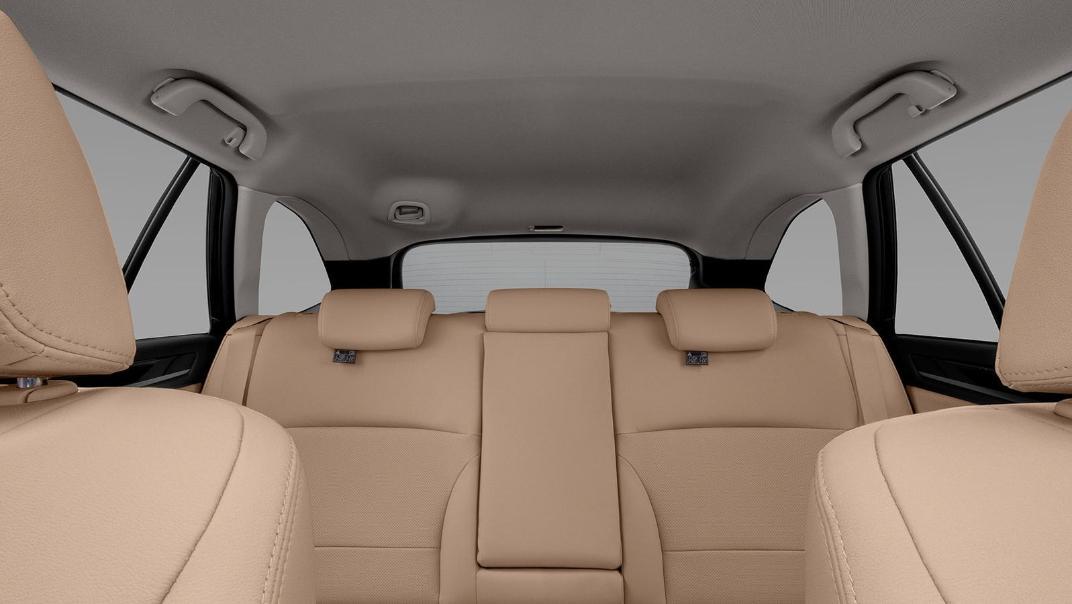 Subaru Outback 2.5i-S Interior 004