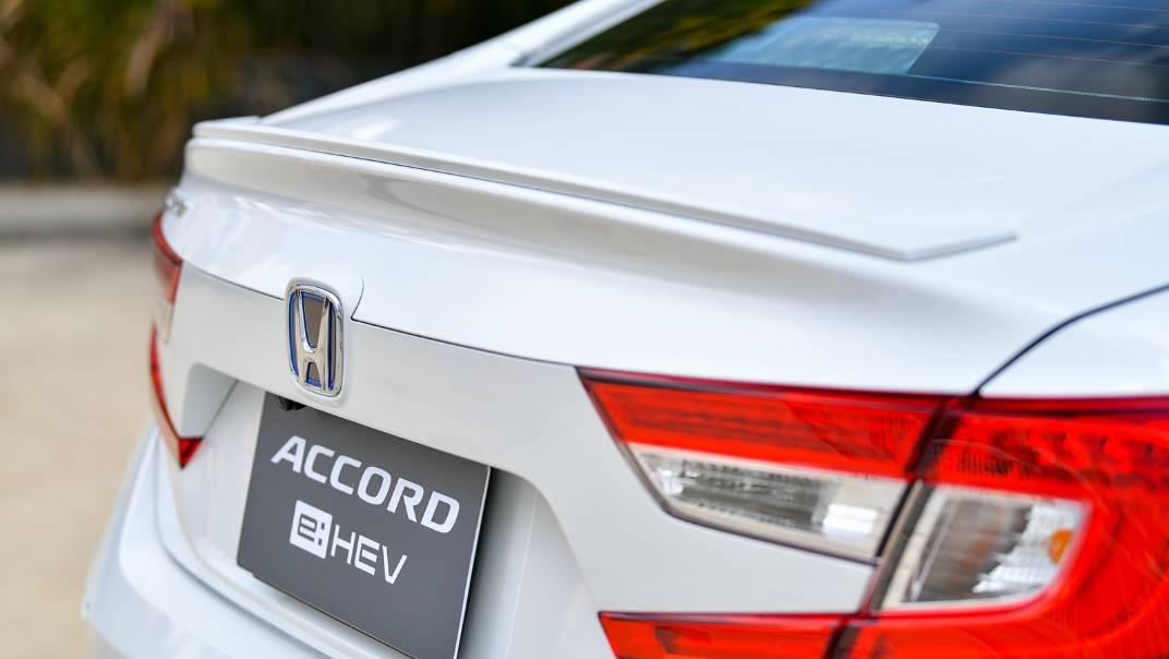 2021 Honda Accord 2.0L e:HEV EL+ Exterior 064