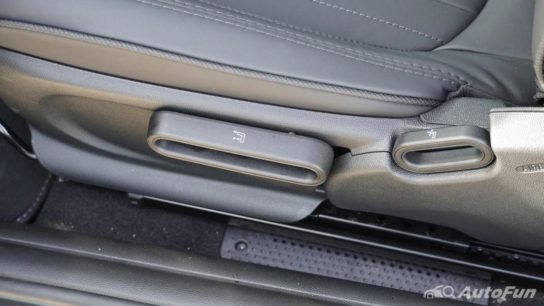 2021 MNI 3-Door Hatch Cooper S Interior 040