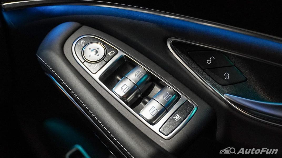 Mercedes-Benz S-Class S 560 e AMG Premium Interior 074