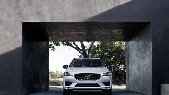 Volvo XC 60 Public 2020 Exterior 003