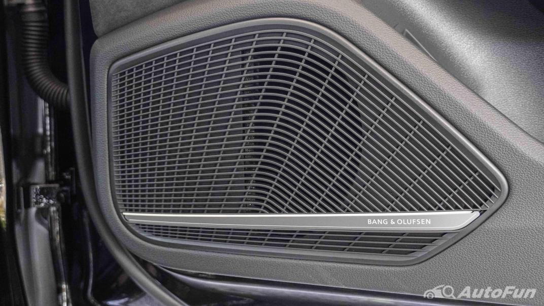 2020 Audi A4 Avant 2.0 45 TFSI Quattro S Line Black Edition Interior 061