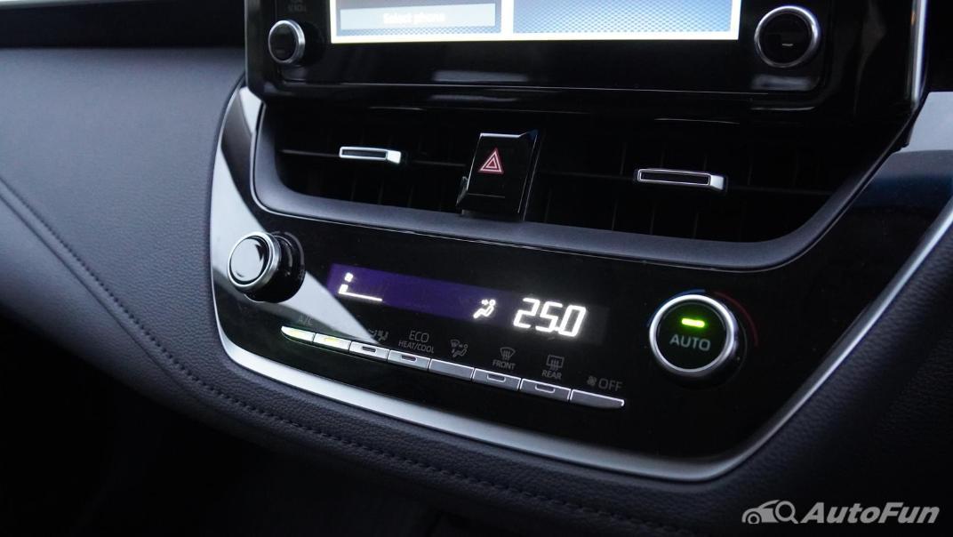 2021 Toyota Corolla Altis 1.8 Sport Interior 021