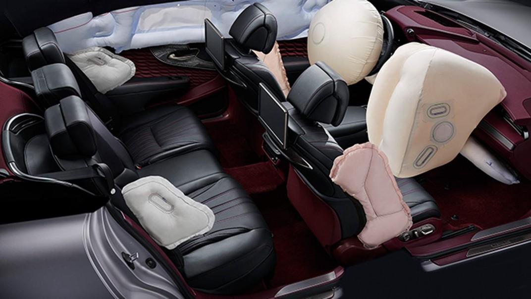 Lexus LS 2020 Interior 014