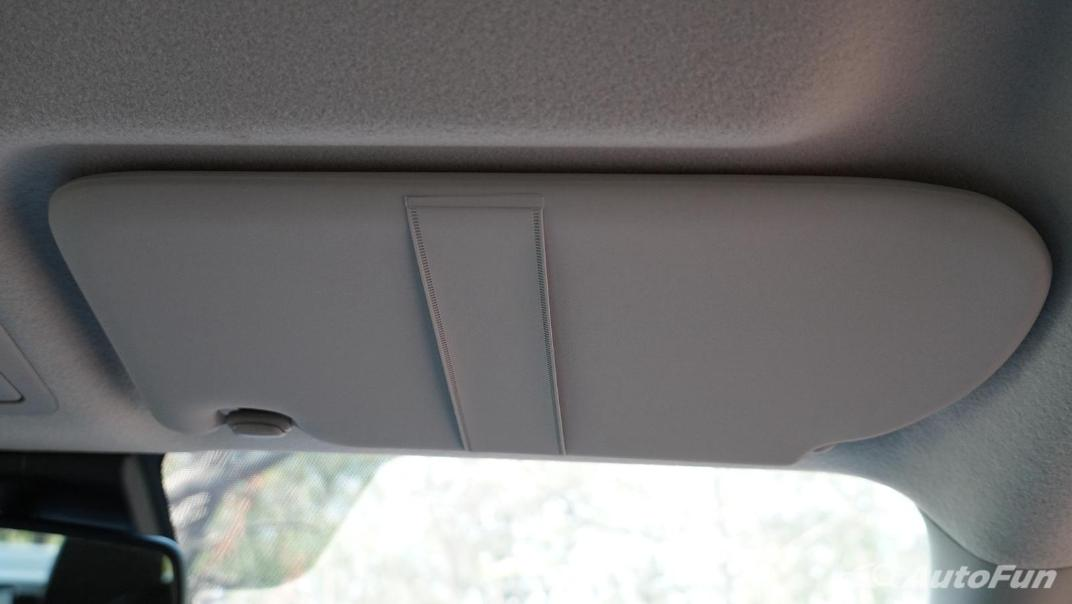 2021 Nissan Navara Double Cab 2.3 4WD VL 7AT Interior 052