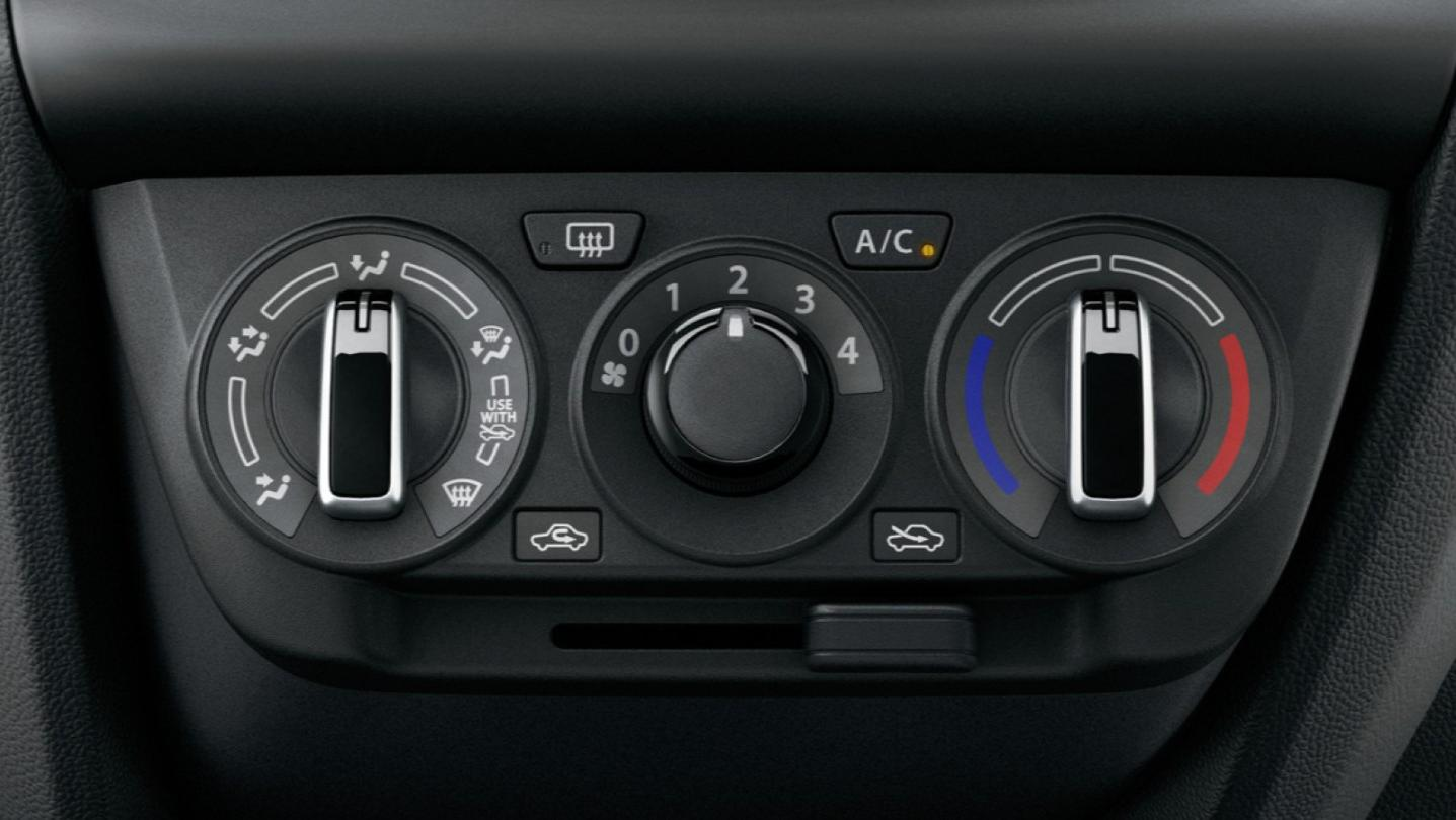 Suzuki Swift 2020 Interior 007