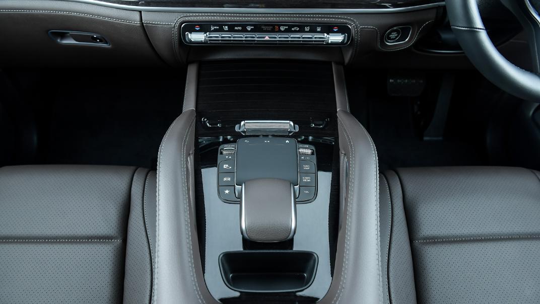 2021 Mercedes-Benz GLE-Class 350 de 4MATIC Exclusive Interior 108