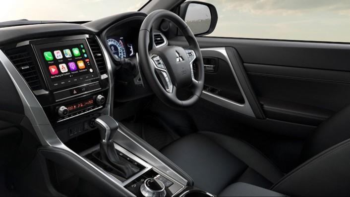 Mitsubishi Pajero Sport Public 2020 Interior 005