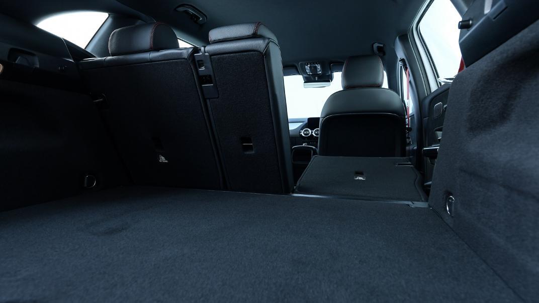 2021 Mercedes-Benz GLA-Class 35 AMG 4MATIC Interior 096