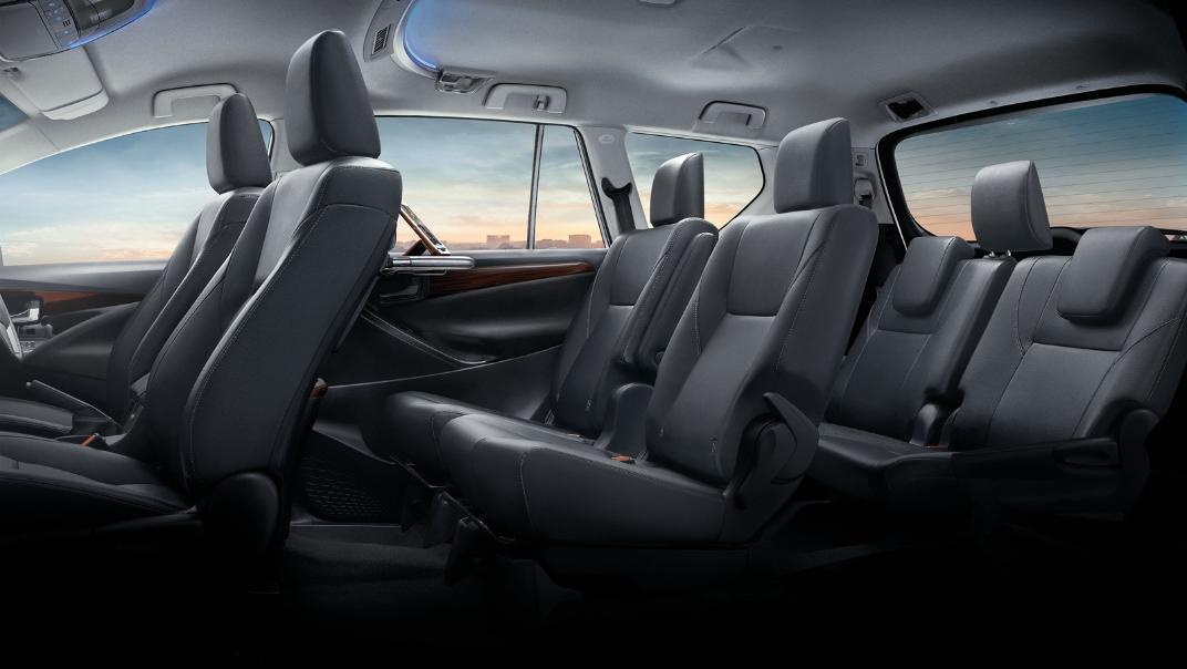 2021 Toyota Innova Crysta Interior 011