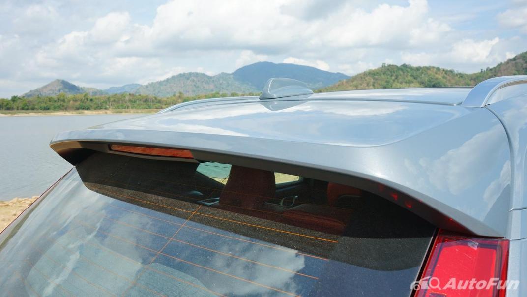 2020 Volvo XC 40 2.0 R-Design Exterior 038