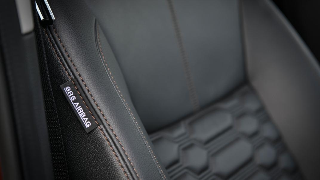 2021 Nissan Navara Double Cab 2.3 4WD VL 7AT Interior 080