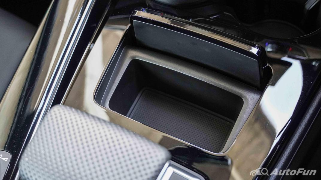 2020 Audi A4 Avant 2.0 45 TFSI Quattro S Line Black Edition Interior 036
