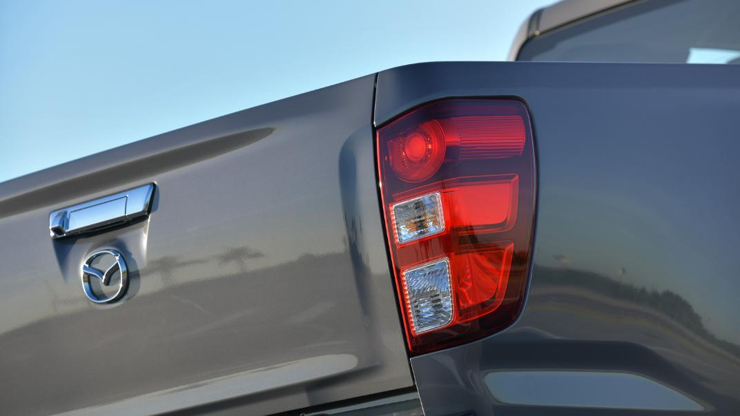 2021 Mazda BT-50 Freestyle cab Upcoming Version Exterior 014