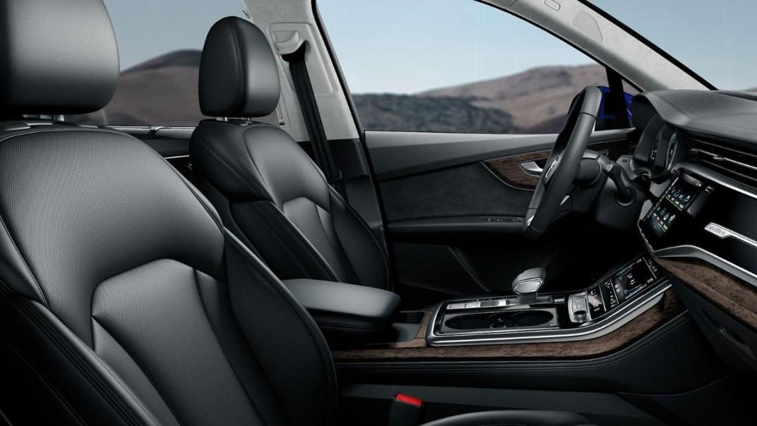 Audi Q7 2020 Interior 006